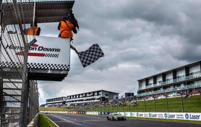 Hackett/Storey win emotional Hampton Downs 500