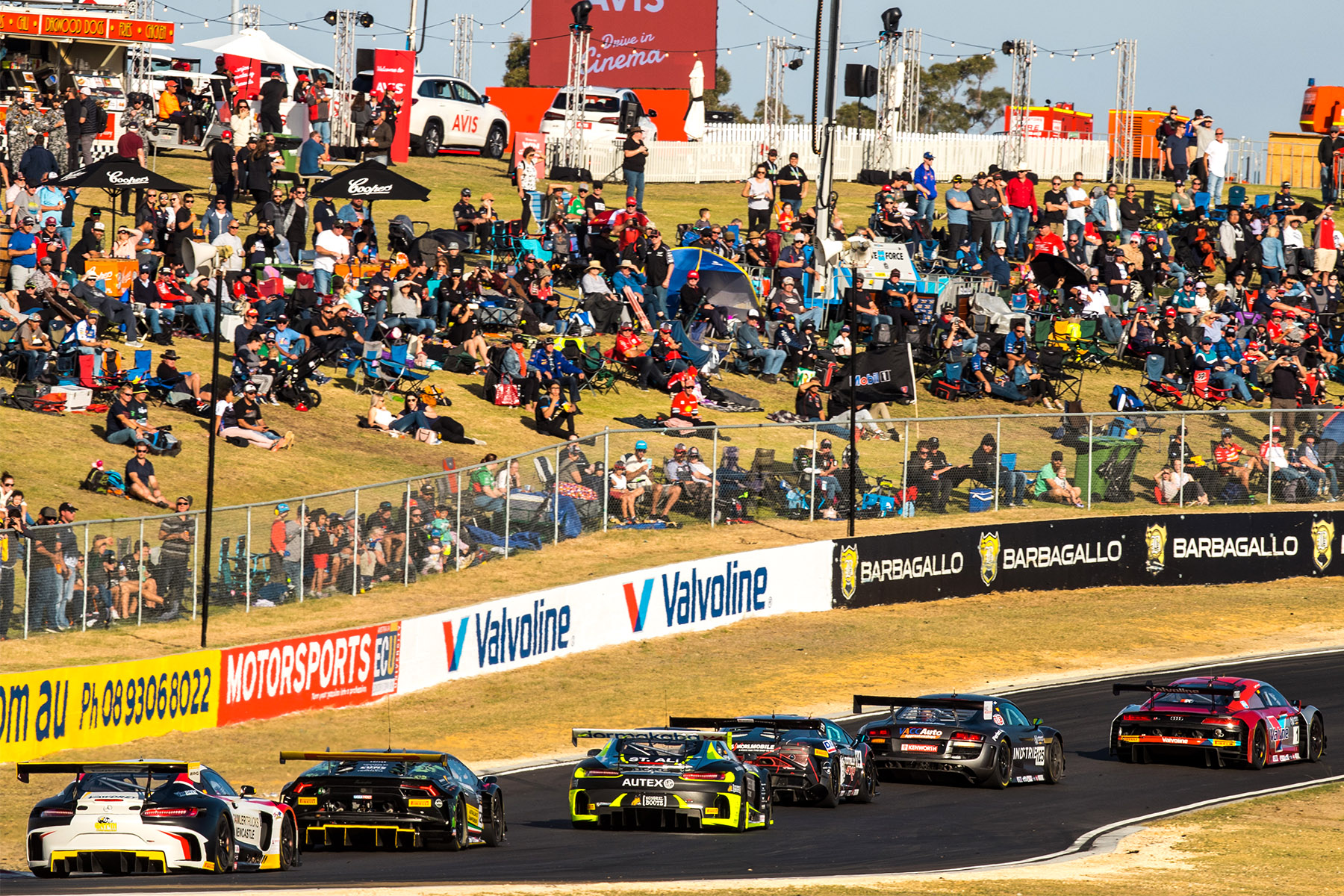 Emery triumphs in Australian GT wild west thriller