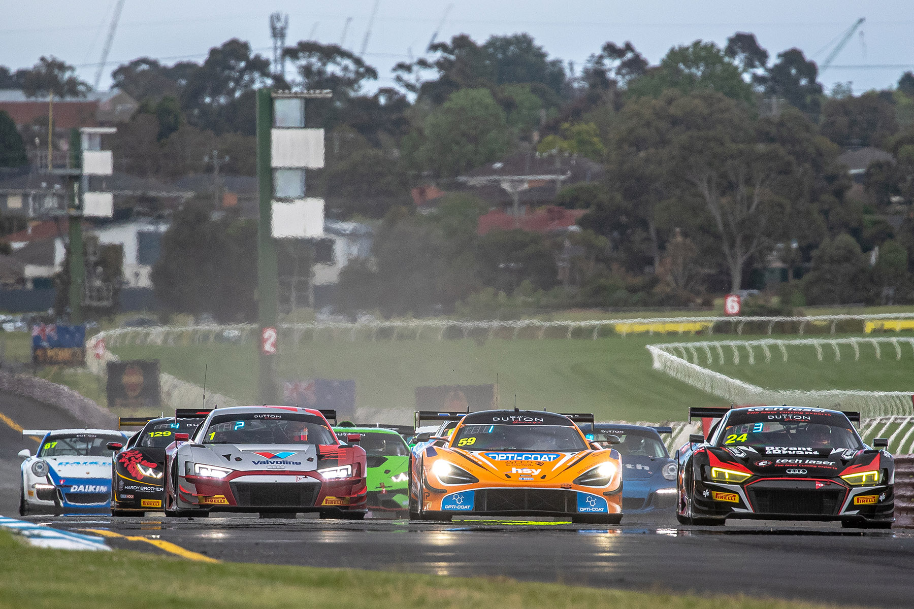 Audi's Geoff Emery claims third consecutive Australian GT title