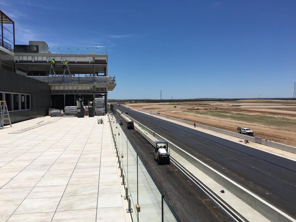 Collier visits The Bend Motorsport Park