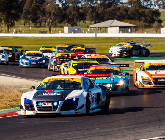 McLaughlan does the double at Winton