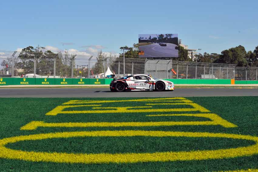 Audi claims 1-2 in Albert Park