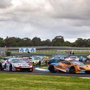 Hackett continues Australian GT winning streak at Sandown