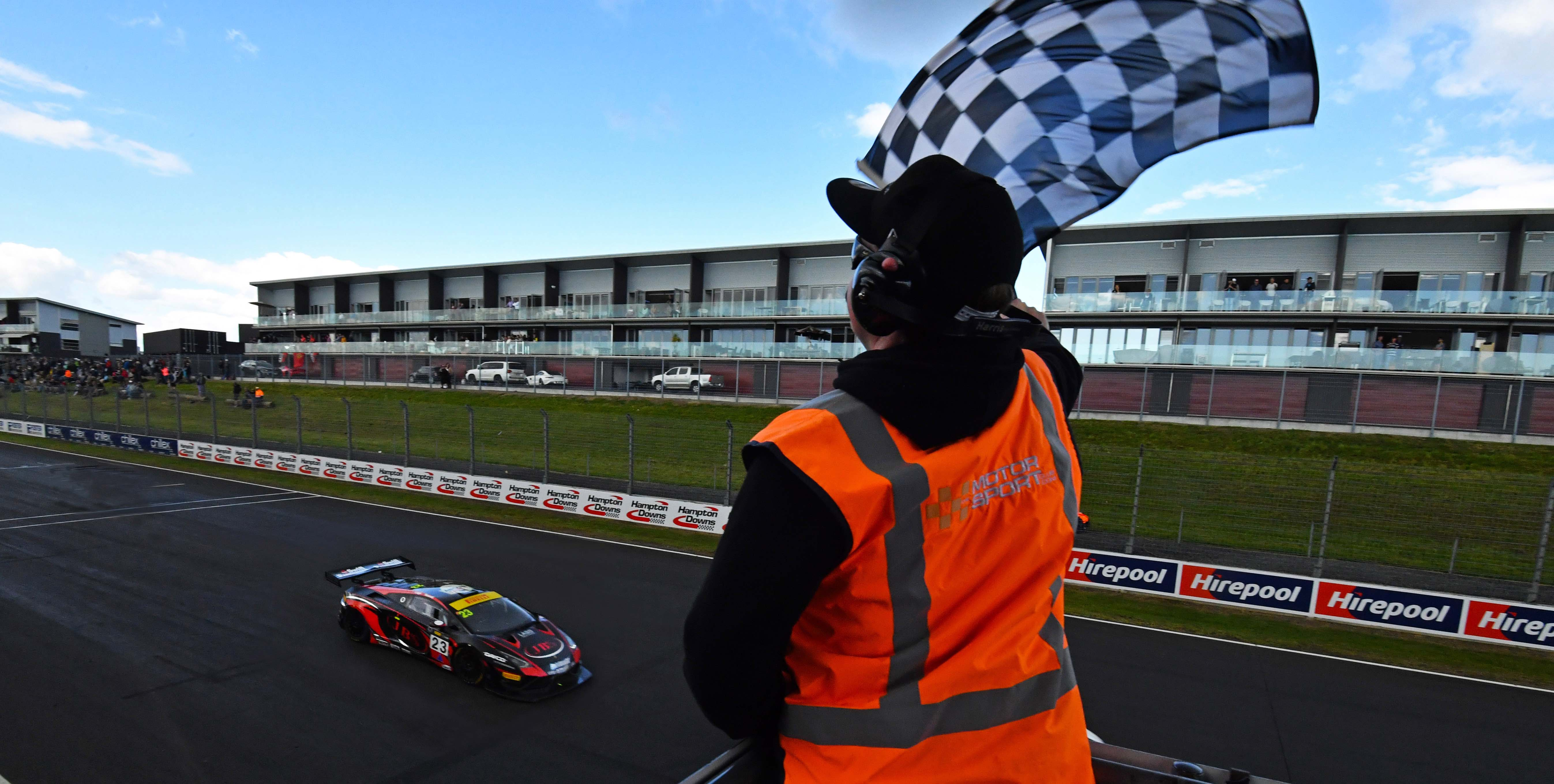 Lago & Russell charge to victory in Hampton Downs thriller